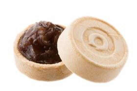 清月堂 - 料理写真:小倉最中。皮はパリパリ、餡はしっとり。一口サイズがちょうどいい。