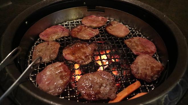 近江牛亭 - 料理写真:タン塩