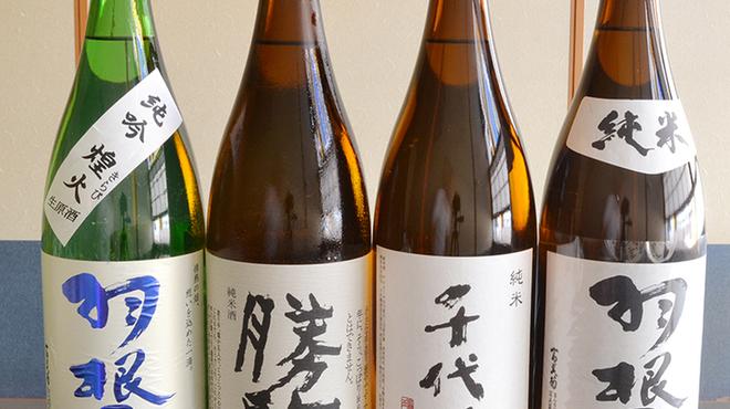 食楽魚一 - ドリンク写真:富山の地酒。勝駒・羽根屋・千代鶴ございます。