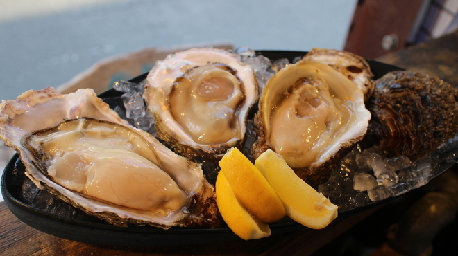 Oyster Bar MABUI - メイン写真: