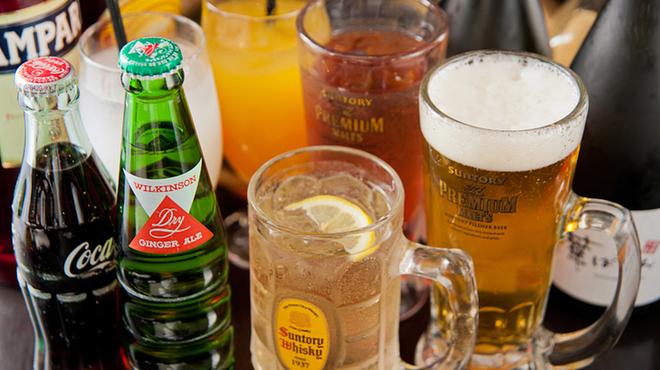 華ぱやん - ドリンク写真:飲み放題はビール、サワー、焼酎、日本酒、ワインなど基本をしっかりおさえた全20種。