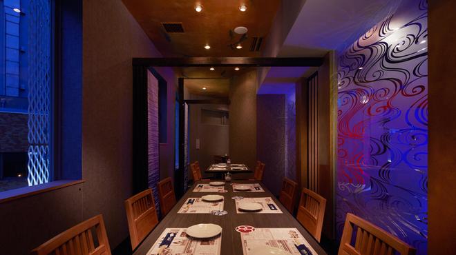 とろさば料理専門店 SABAR - 内観写真:人気の個室、ご予約はお早めにお申し付けください◎