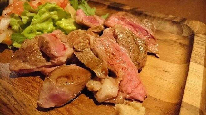 ビア ハンチング ウラワ - 料理写真:厚切りジンギスカン