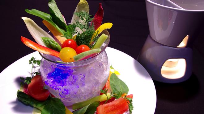 OSMAND - 料理写真:彩野菜のバーニャカウダ(2色のディプソース)