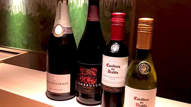 寿司 さ々木 - ドリンク写真:ワイン・シャンパンも豊富に取り揃えております。