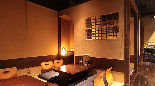 とろさば料理専門店 SABAR - 内観写真:店内はすべてお座敷となります!
