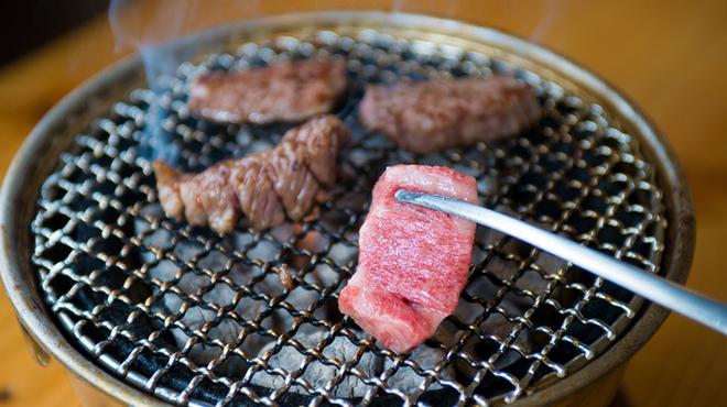 炭火焼肉 はじめ - メイン写真:
