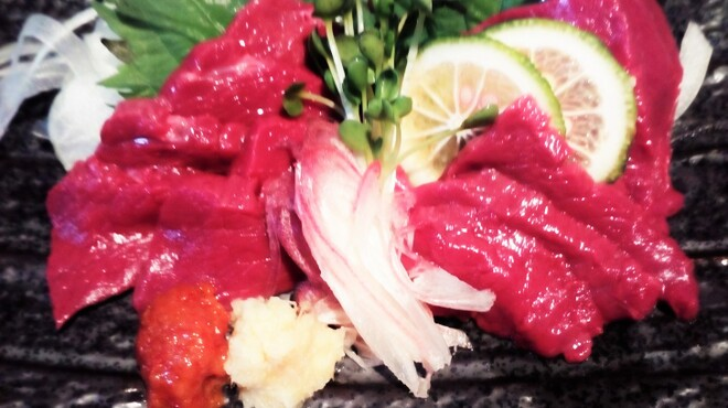 たまたま - 料理写真:会津坂下   馬刺し生