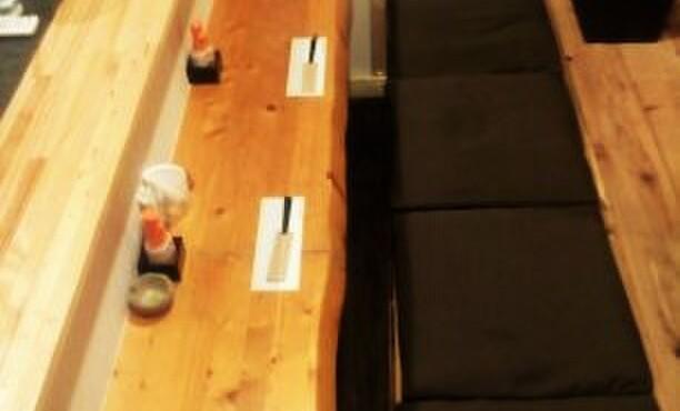 たまたま - 内観写真:カウンター席