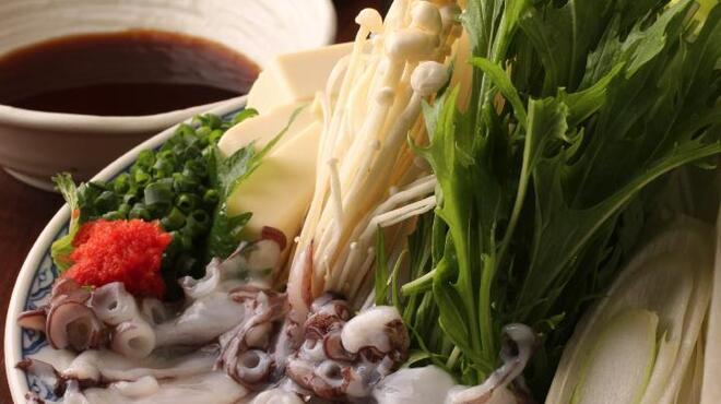 能登美 - 料理写真:刺身でイケる岩たこをしゃぶしゃぶで!!カリッとなった食感と淡白な甘味・・・・旨い。