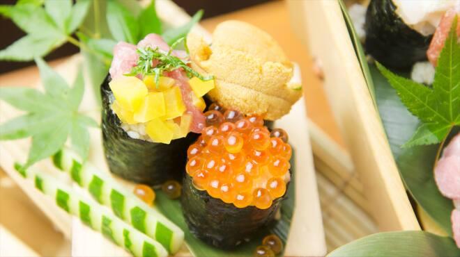 魚寿司 - メイン写真: