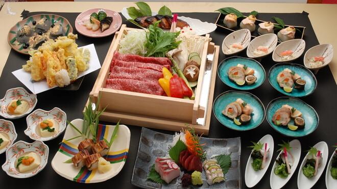 吉里 - 料理写真:黒毛和牛のせいろ蒸し5000円コース