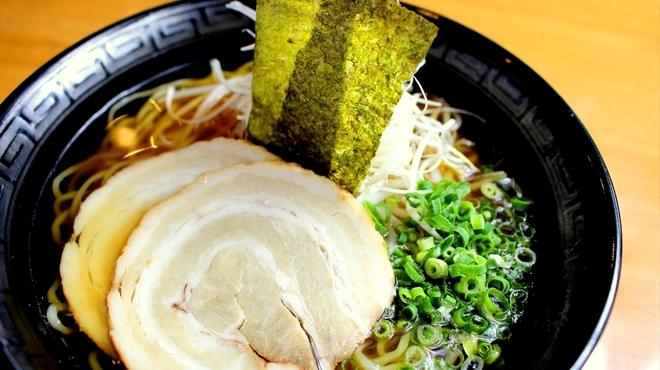 レストラン・グリーンガーデン - 料理写真:大島にぼしラーメン
