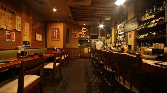 食彩麺酒房響 - 内観写真: