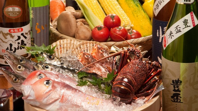 よかうお - 料理写真:博多は【うまいもん】の宝庫。海の恵み、山の幸を余すことなく召し上がれ