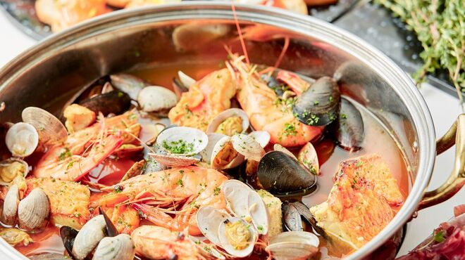 ル・タンブル - 料理写真:ビュッフェ料理一例