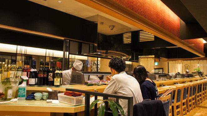 ワイン・寿司・天ぷら 魚が肴 - メイン写真: