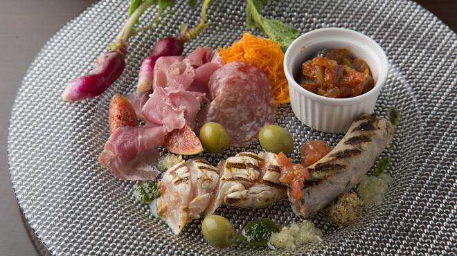 山田食堂 - メイン写真: