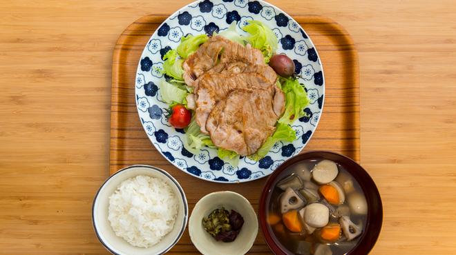 タオルーズ池尻食堂 - 料理写真:黒豚生姜焼きごはんセット
