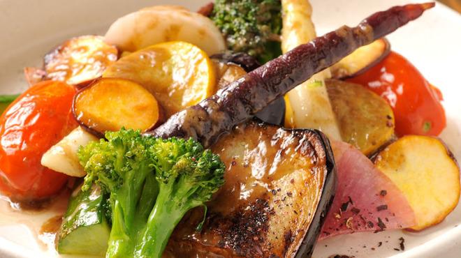 わさび 恵比寿集合!九州男とうまかもん。 - 料理写真:鎌倉野菜のグリル!!やっぱりお野菜は最高です。バーニャカウダも人気です・・・