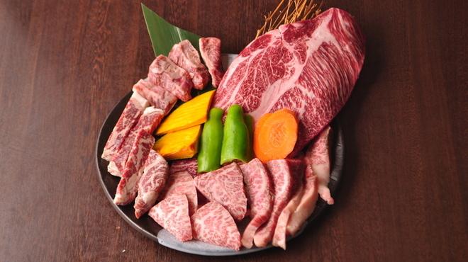 焼肉問屋 飛騨牛専門店 焼肉ジン - メイン写真: