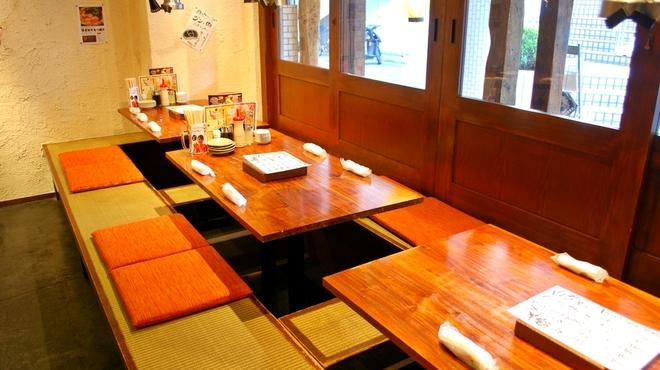 塩ホルモン 肉の寅屋 - メイン写真: