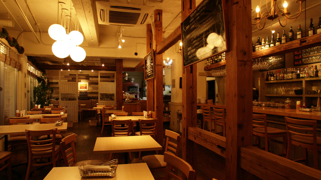 https://tblg.k-img.com/resize/660x370c/restaurant/images/Rvw/58687/58687673.jpg?token=bc2e576&api=v2