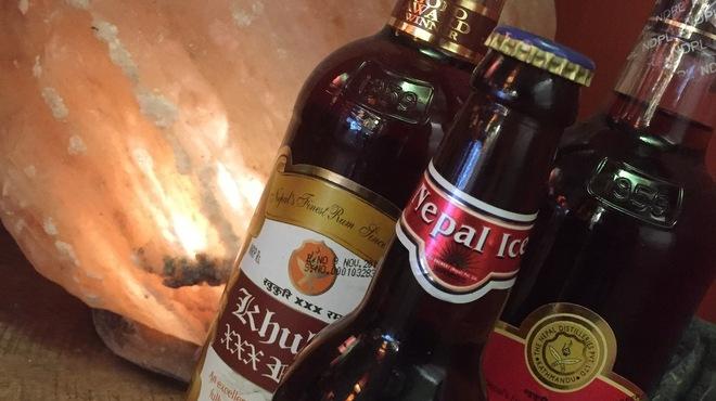 え 町田なのに ネパール餃子酒場 そるてぃ - ドリンク写真:ネパールの各種お酒