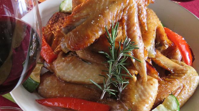焼鳥 Ajito - 料理写真:クリスマスに!手羽先のローズマリー風グリル