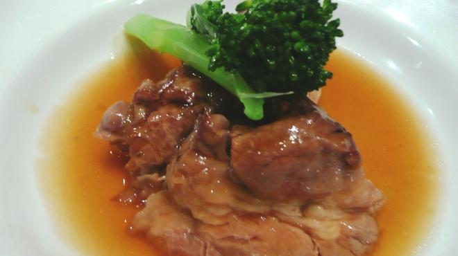 新世界菜館 - 料理写真:スペアリブの柔らか煮
