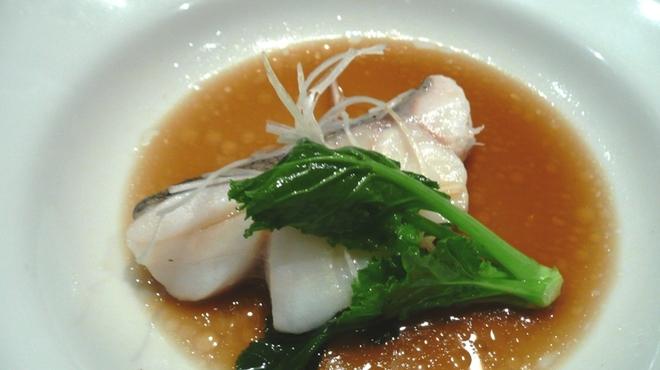 新世界菜館 - 料理写真:真鱈のあっさり蒸し