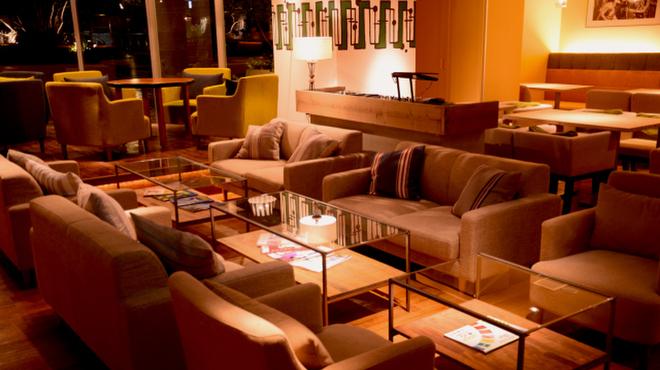 #702 CAFE&DINER - メイン写真: