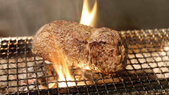 肉バル ゴージラ - メイン写真: