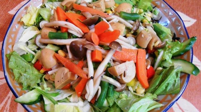 JAGA - 料理写真:<12月のおすすめ>チョットゥー サラダ