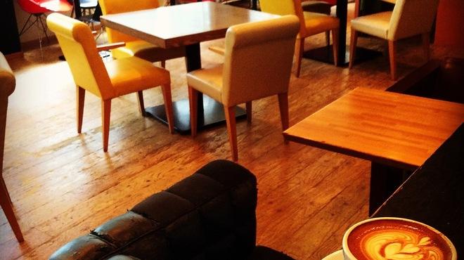 ダブルトールカフェ - メイン写真: