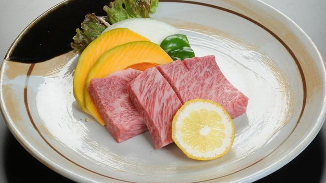 山小屋 - 料理写真:松阪牛ステーキ