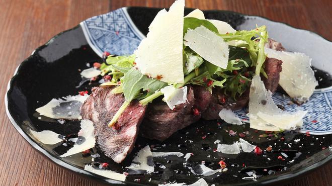 酒場 オカムラ - 料理写真:乳のみ仔牛のハラミ焼き ¥890
