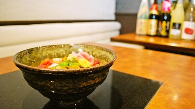 海まかせ旬菜料理 石廊庵 - 料理写真:お食事の風景
