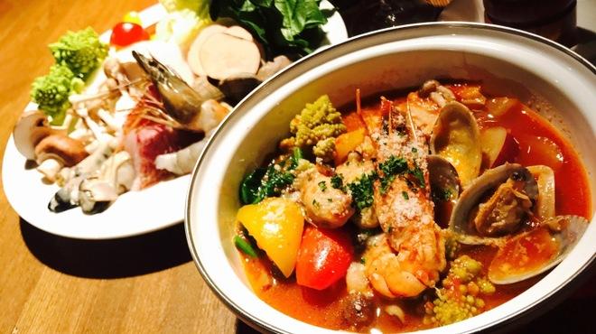 Trattoria Sorriso Teru - 料理写真:冬限定!TACのトマト鍋