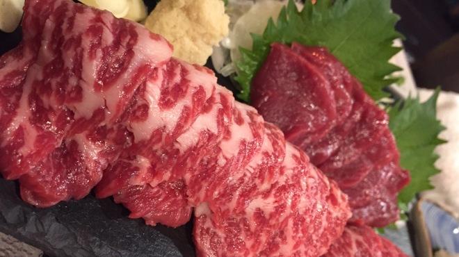 馬焼肉専門店うまえびす - メイン写真: