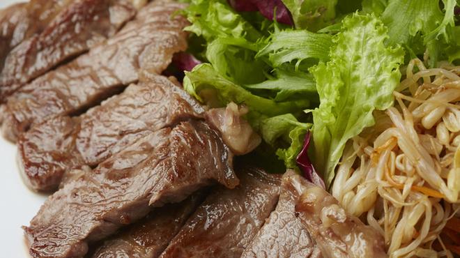 やさいや 鉄板焼野菜 - 料理写真:ランチ29の日限定サーロインステーキ