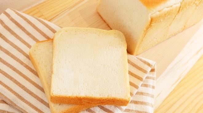 食パン専門店 デアイ・ザ・ベーカリー - メイン写真: