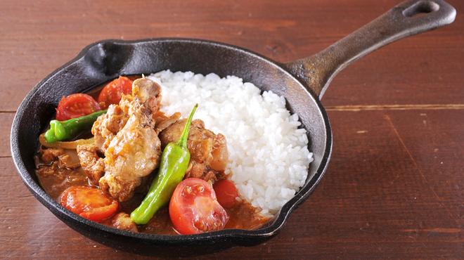 野菜を食べるカレー camp - 料理写真:トマトと生姜のチキンカレー