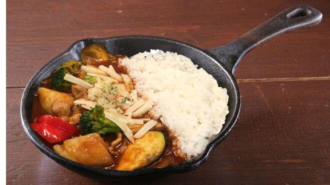 野菜を食べるカレー camp - 料理写真:インカのめざめと彩り野菜の欧風チーズカレー