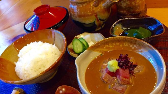江戸前晋作 - 料理写真:ランチ鮪茶漬け