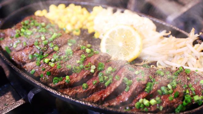 CALIFORNIA DINING THUNDER STEAK&HAMBURGER - 料理写真: