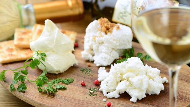 Milks -FRESH CHEESE&WINE - メイン写真: