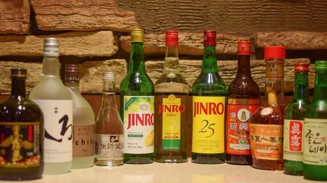 焼肉 北砂トラジ - ドリンク写真:焼酎、日本酒、カクテル等豊富に取り揃えております。