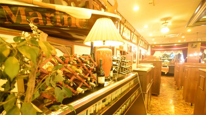 ベルマリン - 内観写真:ワインも豊富
