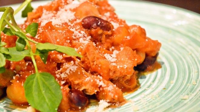 ごちそうお肉ビストロ くう海 - 料理写真:トリッパのトマトソース煮込み¥980